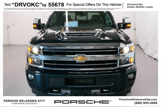 Pre-Owned 2019 Chevrolet 3500HD High Country