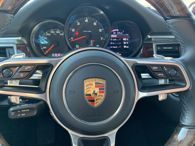 Certified Pre-Owned 2017 Porsche Macan AWD